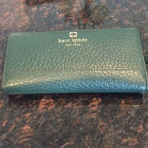 Kate Spade Stacey Wallet in Green